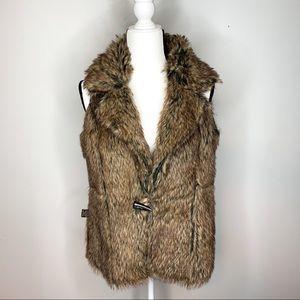 Fever reversible faux fur suede vest size med